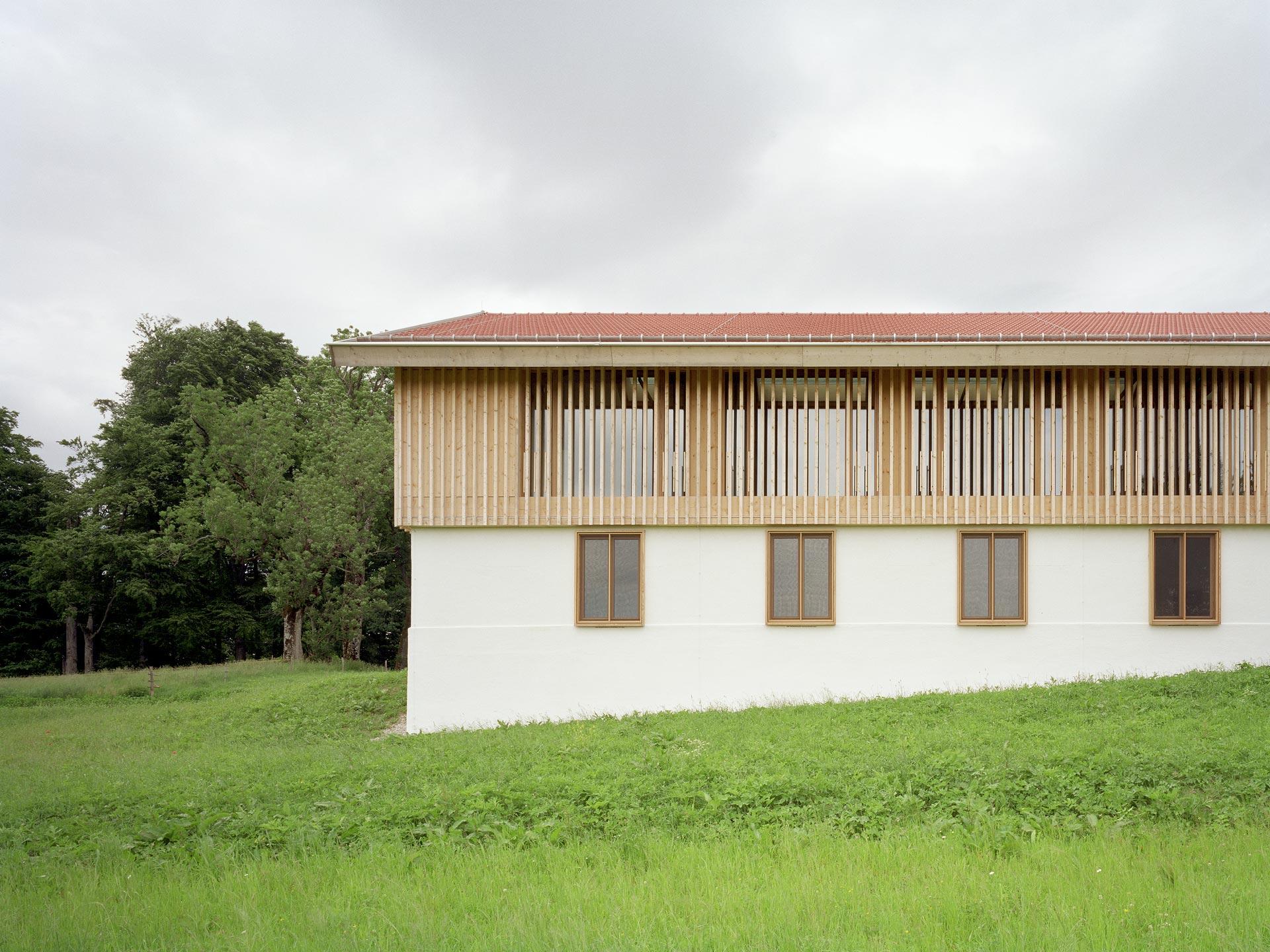 Positif au climat: Domaine de Karpfsee, Maison Allongée