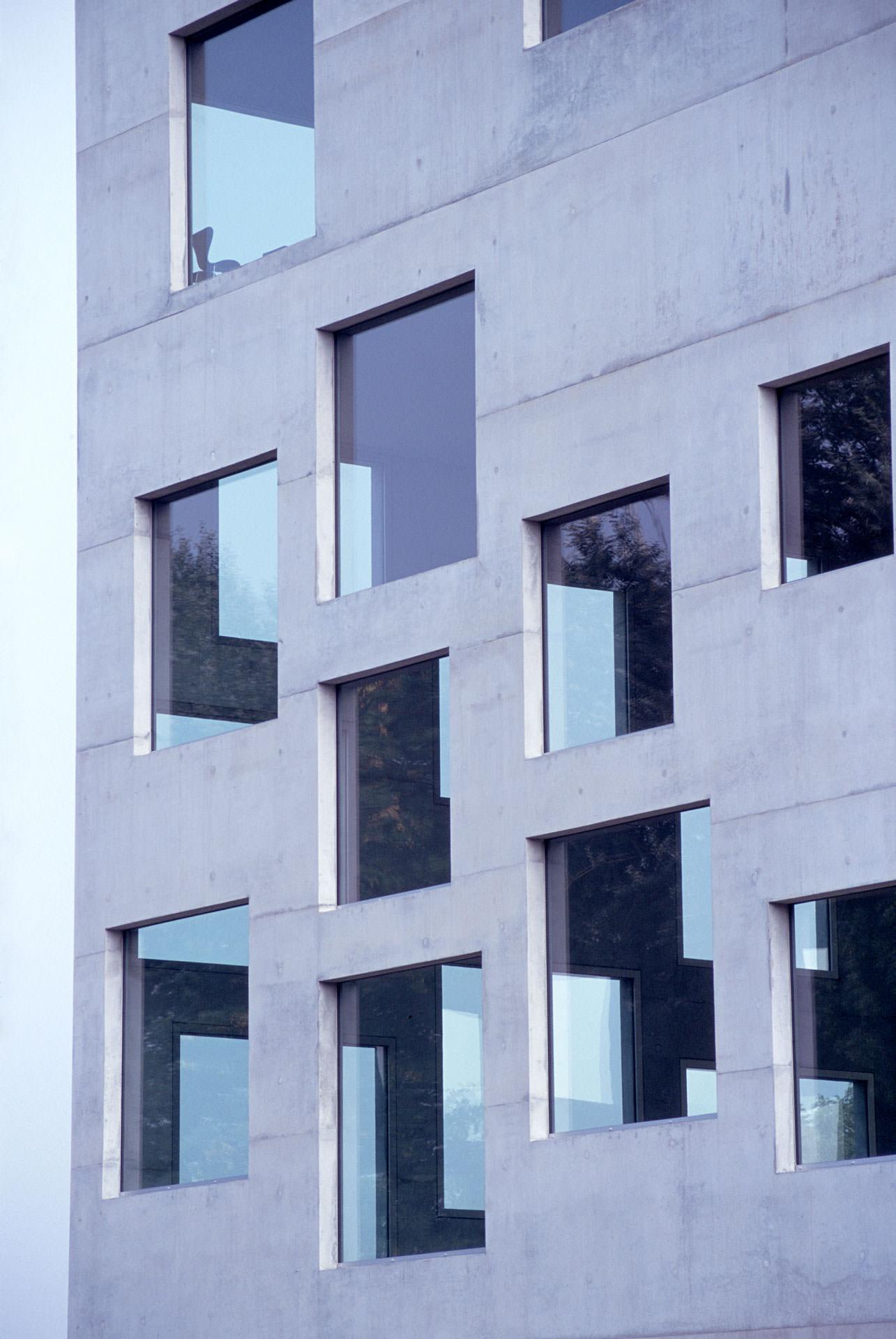 Zollverein School of Management and Design